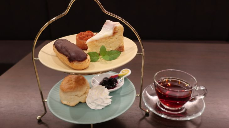 神保町ブックハウスカフェの新作アフタヌーンティーセットとレインブラントティーの和紅茶